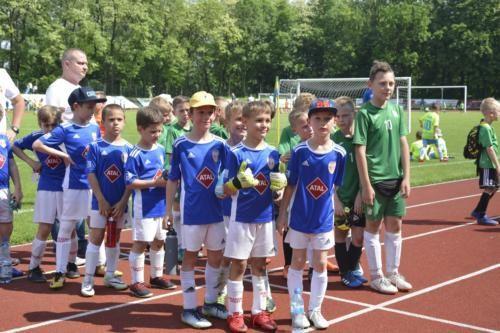 mecz piłki nożnej dla dzieci 13