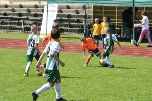 mecz piłki nożnej dla dzieci 42