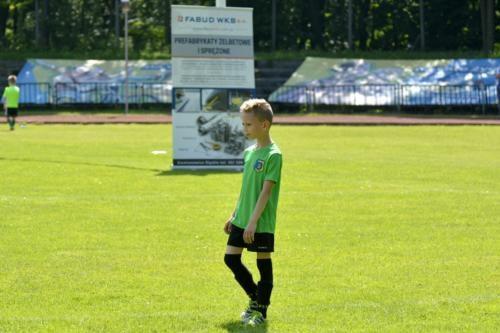 mecz piłki nożnej dla dzieci 55